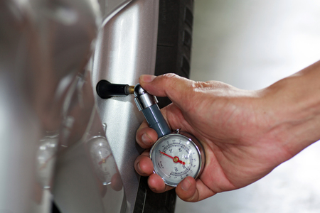 Check the tire pressure  photo