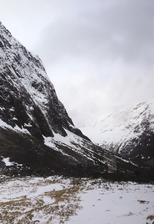 is covered: mountains covered with snow