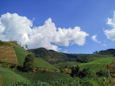 Beautiful mountains and blue skies Stok Fotoğraf - 128046976