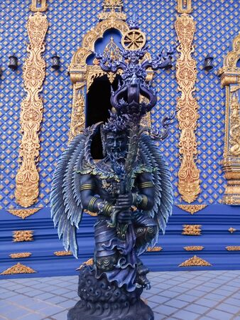 Angel statues in fiction in Thai temples Stok Fotoğraf - 128046363