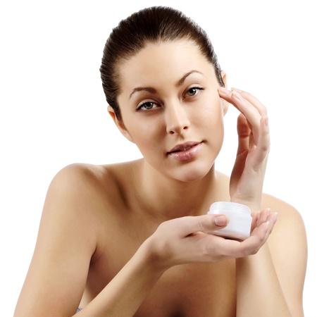 Hermosa joven mujer woBeautiful joven con la piel limpia de la cara femaleman bonita con la piel limpia de la cara bonita mujer