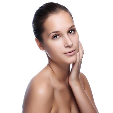 Portrait der jungen schönen Frau mit gesunder Haut Standard-Bild