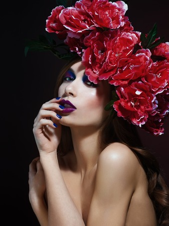 pink lips: Fashion Beauty Model Girl with Flowers Hair. Bride. Perfect Creative Make up and Hair Style. Hairstyle. Bouquet of Beautiful Flowers.