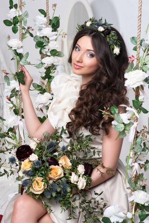 modelos posando: Novia magn�fica con flores