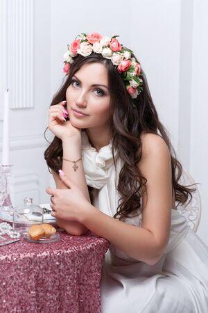 flower head: Portrait of beautiful bride. Wedding dress. Wedding decoration
