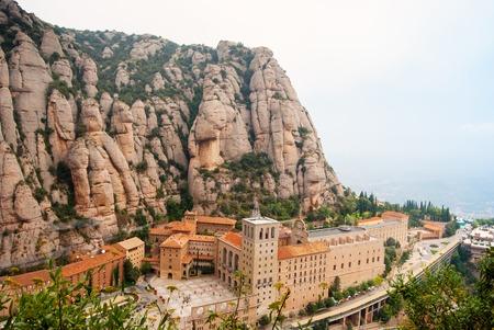 Santa Maria de Montserrat Abbey in Monistrol de Montserrat, Katalonien, Spanien. Berühmt für die Jungfrau von Montserrat.