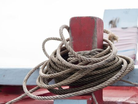 prow: Rope on the prow.