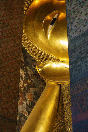 statuary: Reclining Buddha Stock Photo