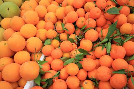 Naranjas en el mercado de alimentos para el fondo, de Cameron Highlands Malasia photo