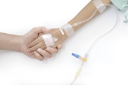 Health care medical. Closeup hands of mother and sick little girl holding together on sickbed in hospital to give encouragement. Stock fotó - 138271000