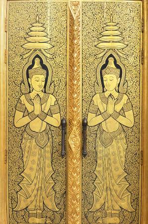 nirvana: gold angel door of wattraimitr temple