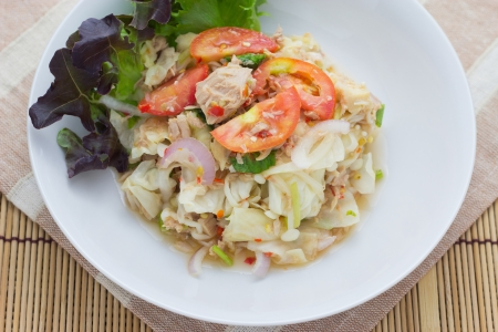 low calories: Tuna Salad with Thai Style