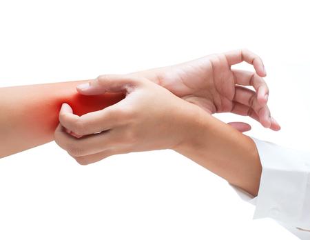 Rascarse la picazón con la mano, brazo, picazón, concepto con Asistencia sanitaria y medicina. Foto de archivo