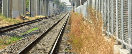 Double track rail It is a standard railway track used in Thailand. Standard-Bild