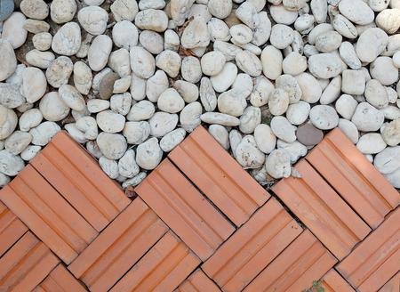piso piedra: Fondo de la textura de polvo mezcla de ladrillo rojo con piso de piedra blanca