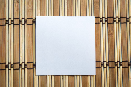 pin board: Blank note paper on wooden background. Stock Photo