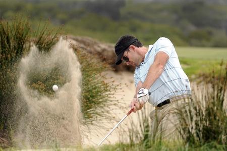 Golfspieler Kollision mit einen Bunker erschossen