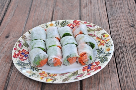 vietnamse: Vietnamse spring rolls with lettuce, mint, shrimp and vermicelli Stock Photo
