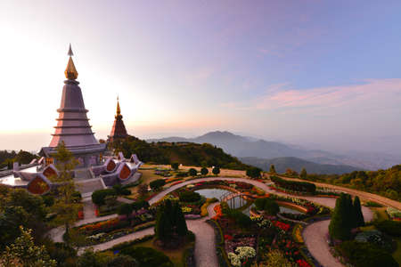 phon: Landscape of pagodas Noppamethanedol and Noppapol Phumsiri in an Inthanon mountain, Thailand.