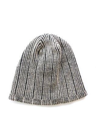 hombre con sombrero: Moda hombre elegante sombrero sobre fondo blanco aislado