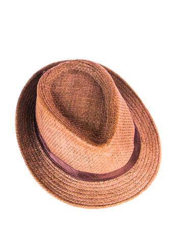 hombre con sombrero: sombrero marr�n hombre aislado sobre fondo blanco.