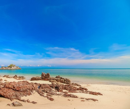 Landscape of beach with blue sky background for relax or holidays Standard-Bild