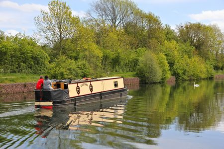 barge: canal barge