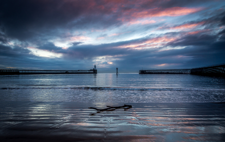 A winter sunrise taken at Blyth, Northumberland. Stockfoto