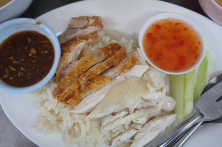 capon: Steamed capon in flavored rice