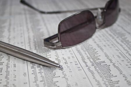 analysing the stock market for movers and investment