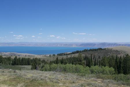 bear lake: Bear lake, Utah from the highway overlook