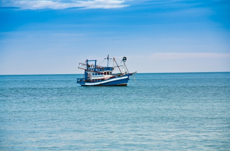 commercial fishing: TRAT, THAILAND : Fishing boats in the sea in Thailand.