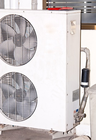Air conditioner condenser unit to supply the home house or office