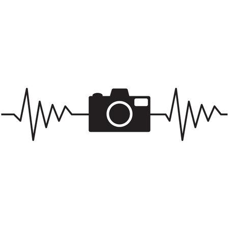 camera heartbeat photographer on white background. heartbeat with camera sign. photo camera heartbeat symbol. flat style. Çizim