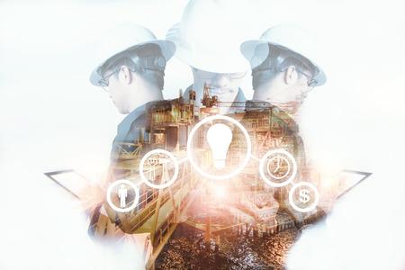 엔지니어 또는 기술자의 이중 노출 관리 도구에 대 한 업계 도구 아이콘을 가진 남자 안전 용접기와 정제 태블릿 석유 및 가스 산업 비즈니스 개념에  스톡 콘텐츠