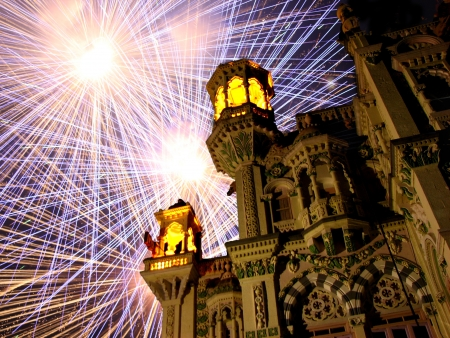 Fireworks behind a royal palace in India, on the occassion of Diwali festival  Stock Photo