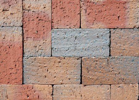 clinker: Red Tessuto colorato di lusso piastrelle clinker ceramica Patio. Piano apre in un percorso, particolare di un marciapiede a camminare, con texture di sfondo.