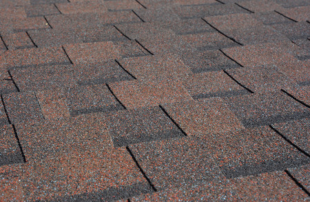 Fondo de textura de tejas de asfalto. Tejas para techos: construcción de techos, reparación de techos.