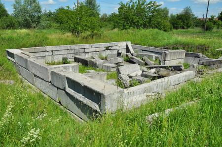 House foundation from concrete blocks 版權商用圖片