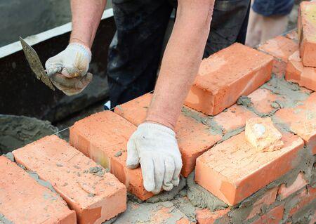 Bricklaer Bricklaying House Brick Wall  版權商用圖片