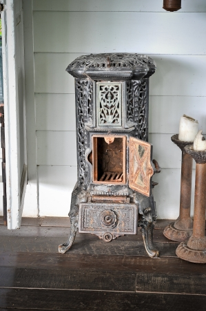 Antique stove Stock Photo - 16979409