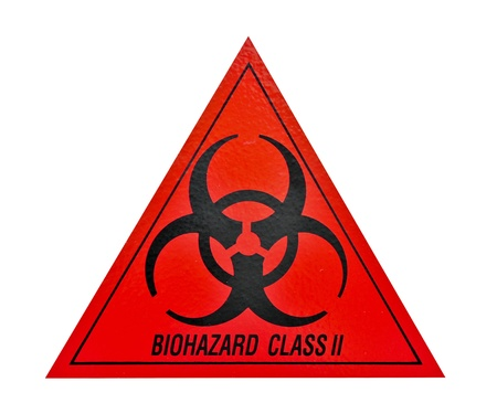 riesgo biologico: Biohazard símbolo de clase II de alerta de amenaza biológica, triángulo negro rojo señalización texto, aislada en la pared blanca Foto de archivo