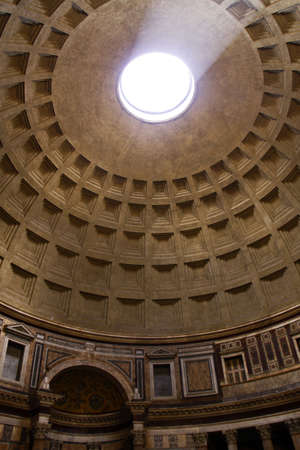 portico: Pantheon, Rome