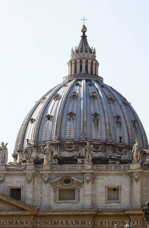 St. Peter's Basilica in Vatican 스톡 콘텐츠