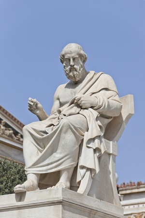 Platon in front of the National Academy of Athens, Greece 스톡 콘텐츠