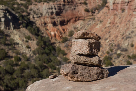 duro: STACKED ROCKS