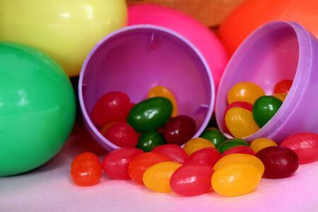 jelly beans: Jelly bean in plastica Uova di Pasqua