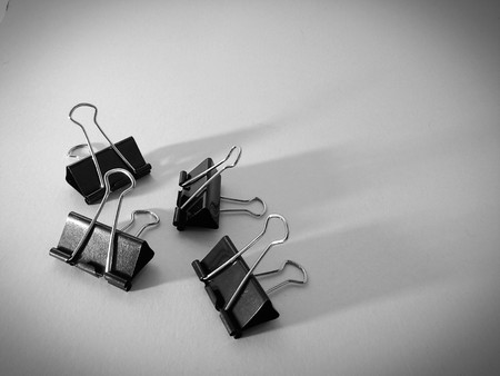 seperator: foldback clips