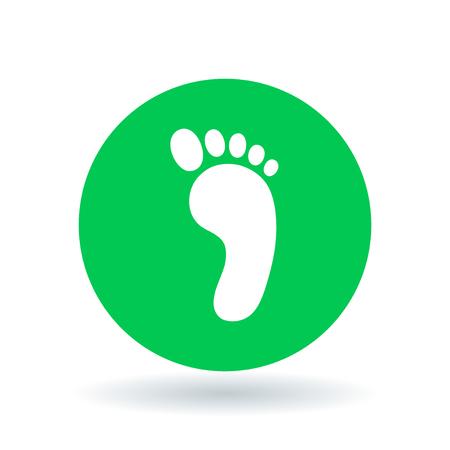 pies descalzos: icono de pie. signo de la huella. s�mbolo de los pies descalzos. Blanco icono de la huella en fondo verde del c�rculo. Ilustraci�n del vector. Vectores