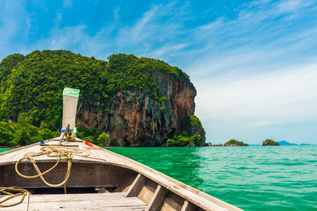 railay: Boat go to Railay beach, Krabi, Thailand